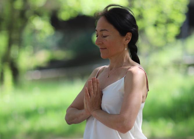 5 Bonnes Raisons d'essayer le Kundalini Yoga sans tarder